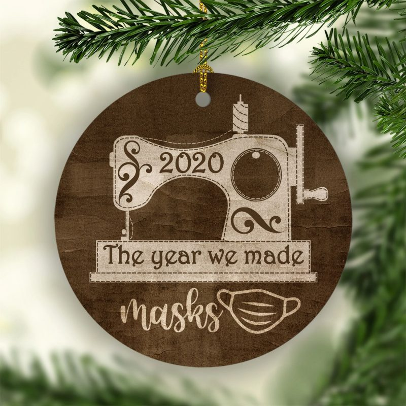 2020 the Year We Made Masks Decorative Christmas Ornament