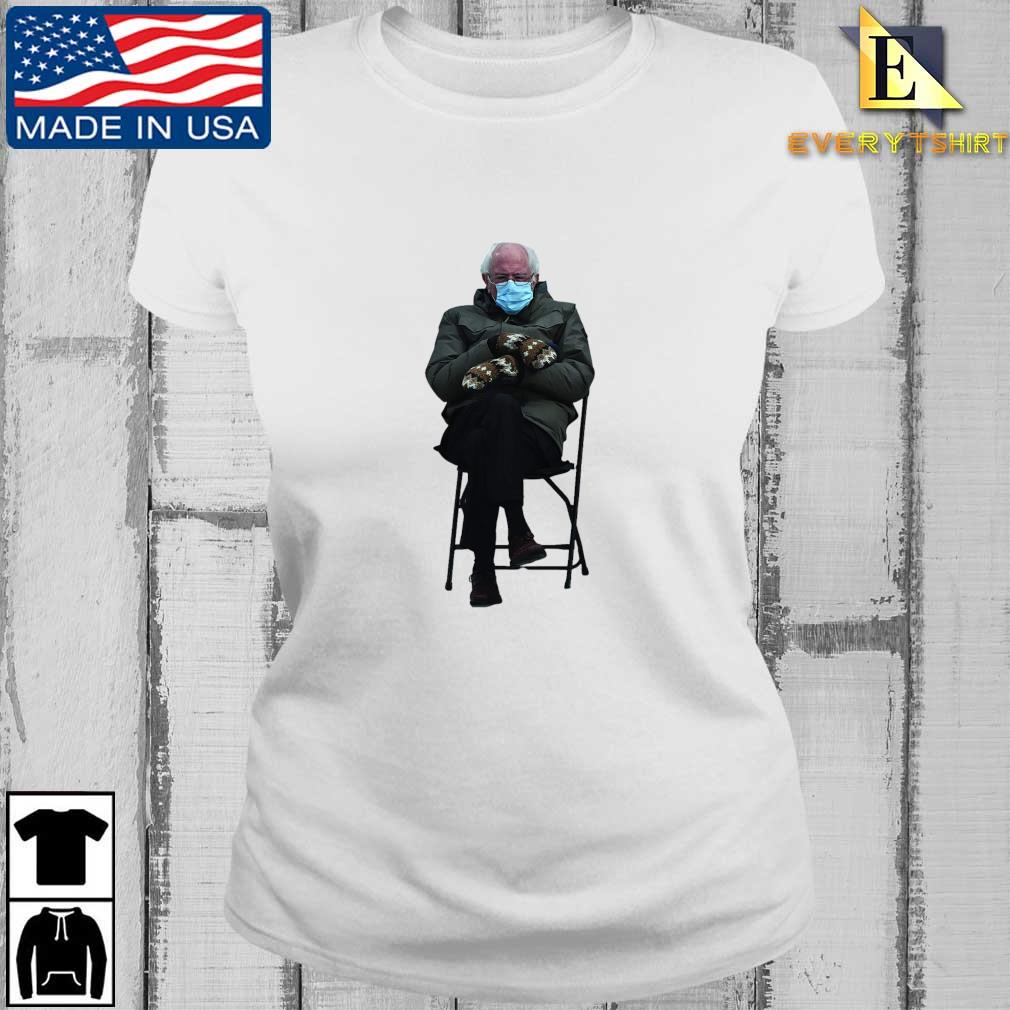 Funny Bernie Sanders Sitting In Chair Inauguration Shirt Every ladies trang